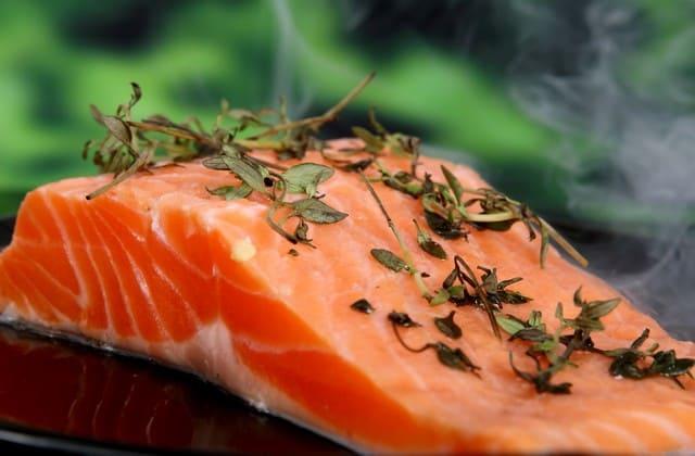 Biar kolesterol kamu tidak gampang naik, kamu perlu konsumsi beberapa jenis ikan laut ini