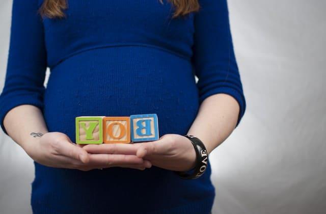 Ibu hamil membutuhkan nutrisi lebih pada masa kehamilannya terutama kebutuhan kalsium. Yoghurt adalah salah satu sumber kalsium yang dibutuhkan
