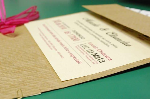 Kartu undangan untuk persiapan pernikahan