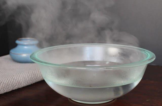 Menghirup uap untuk mengobati flu